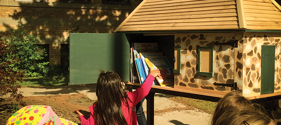 ​Ecolé Victoria School Little Free Library